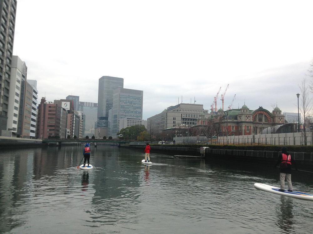 日本シティサップ協会のツアーの様子。真ん中が奥谷さん(写真:岩本)