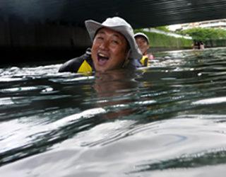 究極のミズベリングは都市河川で泳ぐこと?!
