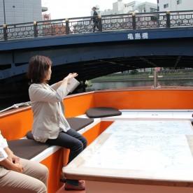 亀島橋をくぐりますよ