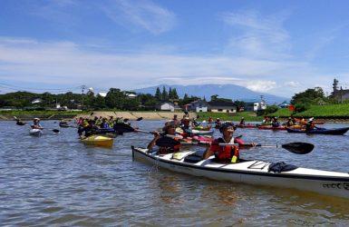 にぎわいを再創出する歴史的港町・酒田②<br>地元酒田を漕ごう!みなと一周16kmカヤックツーリング