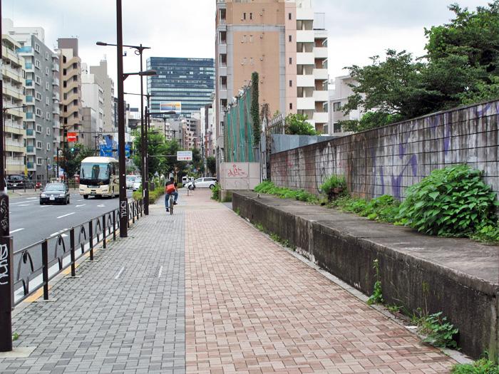 06_コンクリート水路遺構