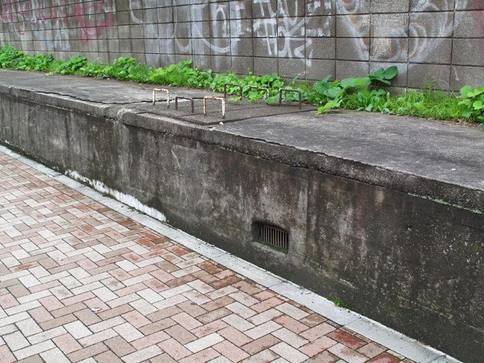 07_点検蓋と神山口分水口