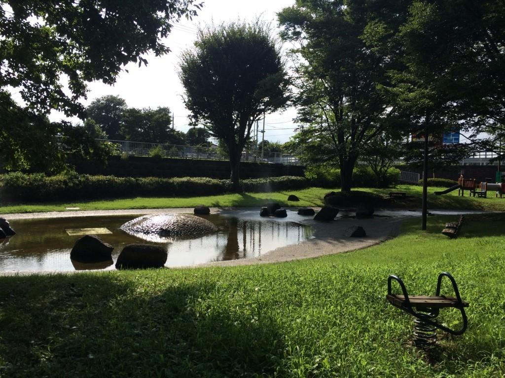 3枚目.福生市の公園